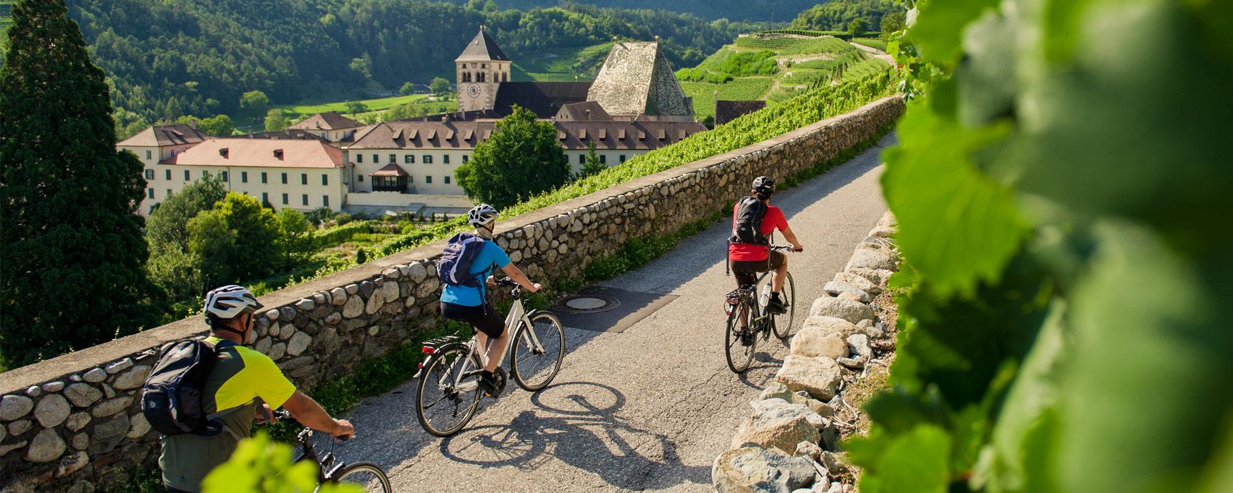 Talradfahren in Südtirol im Frühling